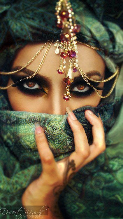 Oriental woman, love her eyes, she reminds me of princess