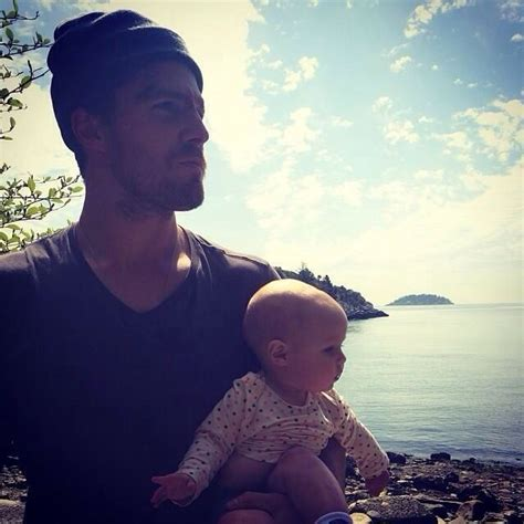 Stephen And Mavi Amell on the Island BTS and the photo