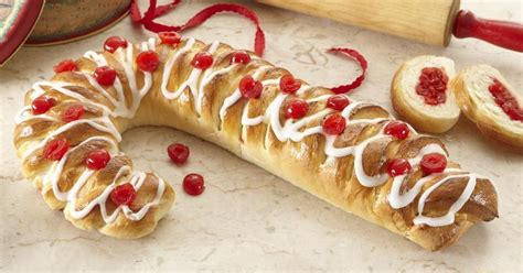 Candy Cane Holiday Bread   MakeGood